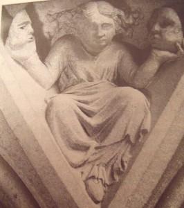 Steinfigur an der Kathedrale von Metz (F)